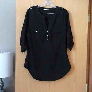 Black 3/4 sleeve shirt from Stitch Fix.